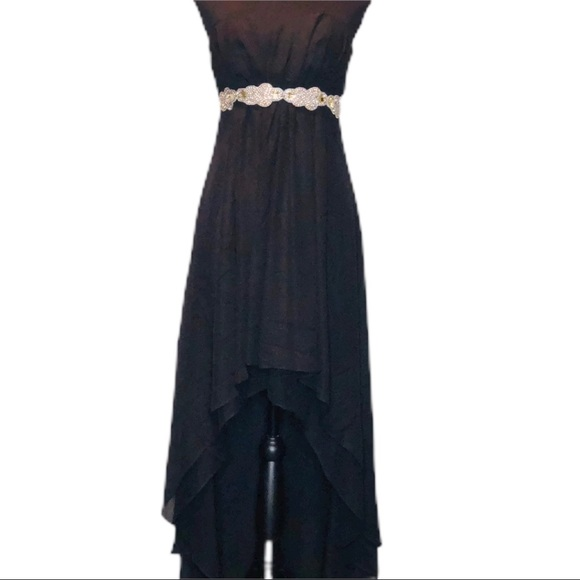 Ceci Dresses & Skirts - NWT Ceci Fashion High Low Formal.         D071